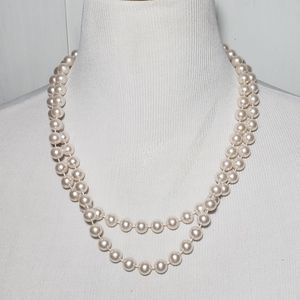 5/$25 | Long Faux Pearl Necklace